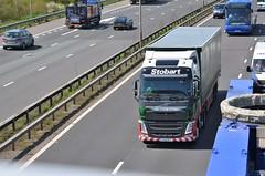 Eddie Stobart 'Madison Grace' (stavioni) Tags: truck reading volvo group grace lorry madison eddie trailer fh m4 esl stobart fh4 h4141
