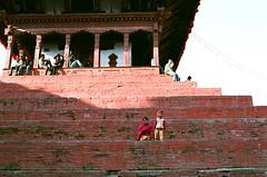 Trailokya Mohan Narayan Temple (Yuwei*) Tags: nepal kathmandu streetsnap fujifilmxtra400 nikonf80s nikonaf35mmf2d