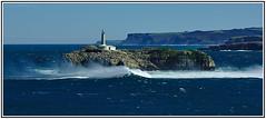 Isla de Mouro (f@gra) Tags: lighthouse landscape faro island spain sony paisaje isla cantabrico mouro
