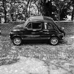 Fiat Abarth 595 (Marcello Pasini) Tags: bw 120 6x6 film analog rolleiflex zeiss mediumformat square kodak tmax © 400 planar 75mm 35f id11 autaut epsonv700pro marcellopasini