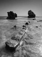 Entre el Cielo y el Mar VIII (fran gallego) Tags: mar mediterraneo playa bolonia rocas tarifa piedras frangallego franciscogallegomora frangallegomora