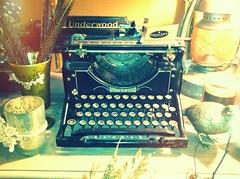 Beautiful old Underwood typewriter (eg2006) Tags: old typewriter vintage washington antique diana tacoma chic decor edit 2012 iphone underwood 2011 callalilydesigns
