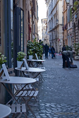 "via dei Coronari • <a style=""font-size:0.8em;"" href=""http://www.flickr.com/photos/89679026@N00/6481940093/"" target=""_blank"">View on Flickr</a>"