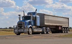 Kenworth SAR (quarterdeck888) Tags: flickr transport trucks sar kenworth tippers haulage quarterdeck newellhighway bdouble jerilderietrucks