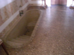Villa Pisani Stra vasca di Napoleone (manlio.gaddi) Tags: toilet wc vespasiano gabinetto pisciatoio waterclosed