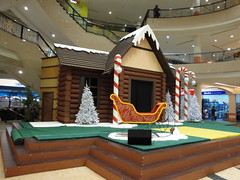 Summit Mall.Usj,Subang Jaya,Malaysia. (Fintona) Tags: santa christmas holiday snow ski tree set mall reindeer model dancer elf malaysia summit ho claus setting sleigh hobbit usj jaya subang selangor elves prancer