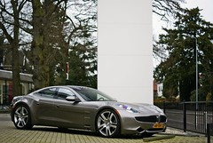 Fisker Karma (Raoul Automotive Photography) Tags: fisker karma ev electric vehicle electricvehicle car dealer auto kroymans bankrupt outside parked parking green tree side front engine new sony alpha a230 a230l dslr dt mm 1855 55200 50 f f18 18 kenko wide band circular pl polarisation filter dof hama star 61 tripod pol effect edit editing photoscape picnik