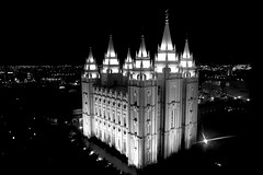 The Church of Jesus Christ of Latter-day Saints - as seen from the top view point of Joseph Smith Memorial Building. (wizgd) Tags: utah us saltlakecity templesquare saltlaketemple thechurchofjesuschristoflatterdaysaints blinkagain