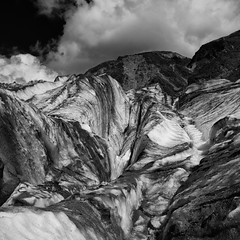 Day 357 // Dirty Ice (Marshall Ward) Tags: foxglacier southisland nikond7000 marshallward afsdxnikkor1024mmf3545gednewzealand