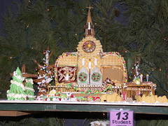 2011 Gingerbread Display 05 (Adam Cooperstein) Tags: christmas pennsylvania gingerbread buckscounty christmasparade peddlersvillage buckscountypennsylvania commonwealthpa