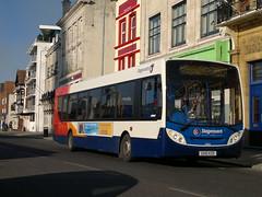 27651 (PD3.) Tags: uk england bus buses hard hampshire portsmouth 300 dennis 700 quays stagecoach southsea enviro psv pcv gx10 gunwharf adl hants 27651 coastliner kzd gx10kzd