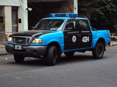 Raza fuerte (Upper Uhs) Tags: ford ranger cops police polizei lawenforcement policia polis polizia policetruck policía policja fordranger poliisi polisi 4024 pulizija fuerzapública hpl484