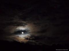 Luna llena de febrero (Ivan Mauricio Agudelo Velasquez) Tags: cloud moon colombia luna could nube antioquia sonson
