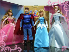 Sleeping Beauty Collection (PhillipDisney) Tags: boneco doll princess signature prince disney collection aurora phillip boneca princesa mattel sleepingbeauty disneystore princessaurora winterfrost belaadormecida