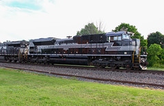 Norfolk Southern New York Central Heritage Unit SD70ACe 1066 (capsfan1222) Tags: railroad train canon diesel locomotive norfolksouthern emd newyorkcentral electromotive sd70ace bucyrusohio heritageunit canoneos60d canonefs18135 norfolksouthernheritageunit newyorkcentralheritageunit