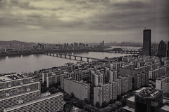 An overcast dawn, Seoul (Rajan Raju) Tags: bw dawn overcast seoul conrad