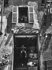 Bar a Firenze #iphonephotos (Glaucia Barrotti) Tags: blackandwhite bw italy love bar wonderful perfect photos firenze toscana inlove iphone 2016 iphonephotos