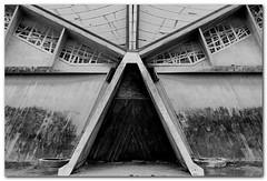 Darth Vader (bong.13) Tags: urban blackandwhite france architecture noiretblanc provence avignon eglise vaucluse graphisme graphique sonyrx100 saintjosephtravailleur