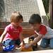 Kinder im Sandkasten