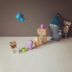 294 of 365 (Morphicx) Tags: friends toy dolls odd canon5d 365 uglydoll icebat babo danbo canon50mmf14 freehugs treeson hugsforfree tofutoy odddolls takochu 365shotsin365days whodoesntloveafreehug