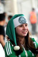 Cute green Santa.... (Passion 4 Light) Tags: santa girl fan gorro soccer palmeiras garota papainoel torcedora