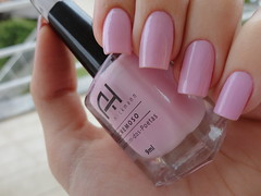 Jasmim-dos-Poetas , Ana Hickmann (Lady_Yaya) Tags: light ana nail polish spot nails dos unhas varnish nyx hickmann lacquer poetas jasmim