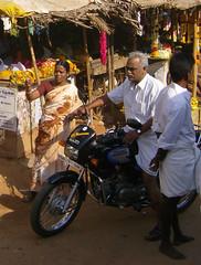 Tamil village (bokage) Tags: woman india men village motorbike fruitstand tamilnadu