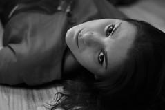 Flo (Jo Dasson) Tags: portrait nikon shoot noiretblanc flo modele d90 shootign leradiateur