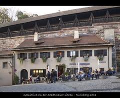 Gemütlich (sualk61) Tags: light beautiful wall canon germany bayern deutschland bavaria eos cafe flickr nuremberg franconia pottery 5d canon5d franken stadtmauer canoneos5d eos5d canonef24105mmf4lisusm sualk61 nürnberg borderfx gemütlich städtereise beimtiergärtnertor caféimatelier töpfereiamdürerhaus