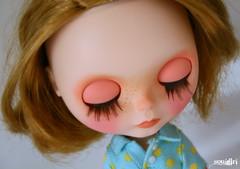 Nellie's eyelids ^^