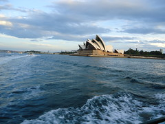 Sydney Harbour & Opera House (Brian Giesen) Tags: sydney operahouse sydneyharbor sydneyharbour sydneyoperahouse sydneyferry sydneyferries