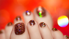 Day 33 of 365 - Year 3 (wisely-chosen) Tags: selfportrait me glitter gold bokeh january pedicure 2012 holographic cameraraw 365days canonspeedlite430exii mineralglowshimmerypowder14bronze tamronaf90mmf28dispam11 adobephotoshopcs5extended northernlightshologramtopcoat kleancolormadlymatte