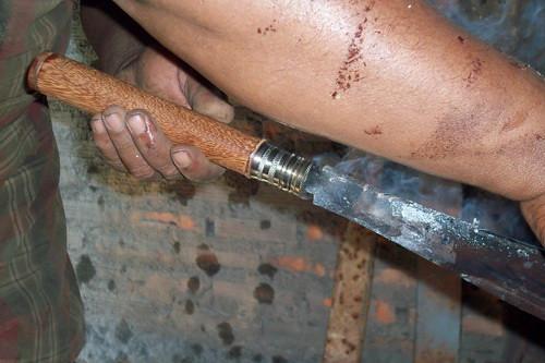 การเข้าด้ามมีด