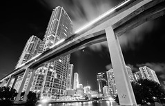 ONCE UPON A DREAM (Rober1000x) Tags: night lights florida miami metrorail miamiriver