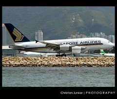 Airbus | A380-841 | Singapore Airlines | 9V-SKD | Hong Kong | HKG | VHHH (Christian Junker | PHOTOGRAPHY) Tags: china plane canon hongkong eos airport singapore asia aviation super landing airline 7d airbus a380 heavy sq hkg 100400mm sia sar 008 clk singaporeairlines planespotting cheklapkok staralliance hkia hongkonginternationalairport vhhh a380800 a388 a380841 25r 9vskd sq856 singapore856 sia856