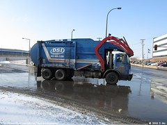 Dicks Sanitation Inc. 77 (TheTransitCamera) Tags: from county trash truck garbage energy minneapolis refuse dicks inc hennepin sanitation dsi converter herc
