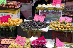 "Higos - Figs<br /><span style=""font-size:0.8em;"">Read more about it here:<br /><a href=""http://whatscookingmexico.com/2012/01/30/market-monday-sullivan-tianguis-a-photoset/"" rel=""nofollow"">whatscookingmexico.com/2012/01/30/market-monday-sullivan-...</a></span> • <a style=""font-size:0.8em;"" href=""https://www.flickr.com/photos/7515640@N06/6789291923/"" target=""_blank"">View on Flickr</a>"