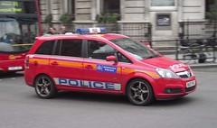 Metropolitan Police DPG - BU07 NFL (Chris' 999 Pics) Tags: old uk blue light england woman man film speed lights bill pc nikon bars pix order fu