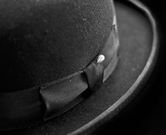old hat.......... (shadowracer26) Tags: classic texture hat cool pin bow bowlerhat derby hatpin myfavoritehat shadowracer26 icantfindabetterhat lotofmemoriesassociatedwiththishat