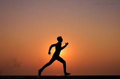 Running with the Sun.... (Z A Y A N) Tags: sunset silhouette youth action running run athlete runner padma runningman busylife zayan 550d therunner canoneos550d canoneosrebelt2i rebelt2i kissx4 canoneoskissx4 zayan1904
