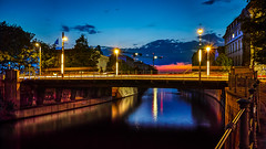 Coloured Night (K.H.Reichert) Tags: bridge berlin night deutschland nightscape architektur dmmerung brcke fluss spree lichter twighlight blauestunde riverscape nachtfoto