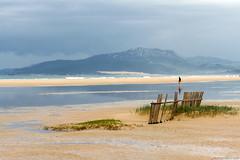 Lances, 10 de Mayo de 2016 (Franci Esteban) Tags: landscapes lluvia arena reflejo laguna lances azules playadeloslances enfoqueselectivo parajenaturaldeloslances lagunadeloslances