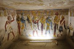Tombeau de Bannentiu (26ème dynastie) (Seb & Jen) Tags: africa desert tomb egypt oasis egypte afrique bahariya tombeau