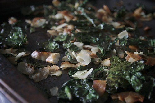 kale salad w/coconut & sesame oil