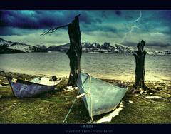 - days of cold - (swaily  Claudio Parente) Tags: lake lago nikon dream cielo paesaggi abruzzo d300 campotosto egna lagodicampotosto nikond300 claudioparente swaily checchino ringexcellence galleryoffantasticshots