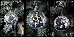 Christmas trapping II (Jacquie Akroyd) Tags: christmas tree kids photoshop children photography nikon creative 9 explore elements processing baubles explored d7000 rattesalat jacquiegibson jacquieakroydphotography jacquieakroyd