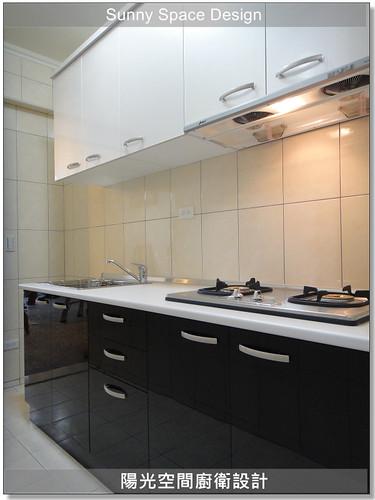 中和中正路黃小姐一字型黑白配廚具-陽光空間廚衛設計10