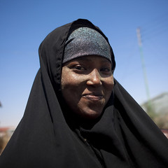 Cute Black Young Veiled Woman Portrait Somaliland (Eric Lafforgue) Tags: africa portrait color smile square outdoors exterior african hijab afrika somali youngwoman somalia somaliland hargeisa afrique hornofafrica onepersononly onewomanonly 3408 somalie africanethnicity britishsomaliland smilesmiling somali photographphoto   szomlia   blackethnicity soomaaliland teenagegirlsonly  hargeisahargaysahargeysa veilmuslimislamislamic