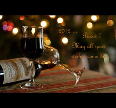 For all my flickrfriends ... Explore jan 1 #102 (*Lie ... on a short break ... !) Tags: wine bokeh vin nikkor vino happynewyear wein wijn stemilion gelukkignieuwjaar bonneanne 50mmf14g nengutenrutschinsneuejahr