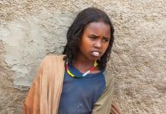 harar. Young girl harari. Ethiopia. (courregesg) Tags: africa history muslim islam traditional ethiopia ethnic afrique harare afar ethiopie historicalplace harari oromo